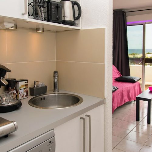 Cap d'Agde Naturist Port Nature Sea View kitchen